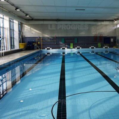 piscine charial 69003